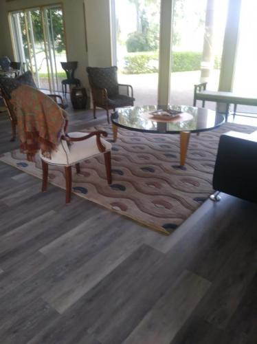 Unique Wave Pattern Area Rug